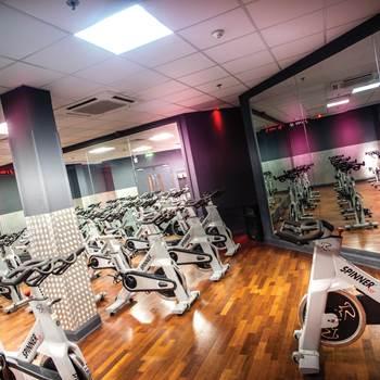 Gyms london shepherds bush get a free dw fitness first guest pass